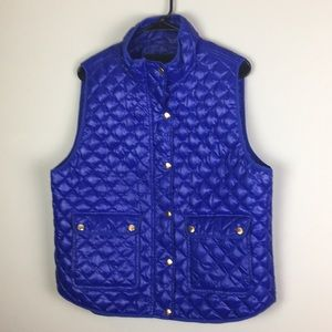 J. Crew Jackets & Coats - J crew Puffer Down filled vest gold button quilted